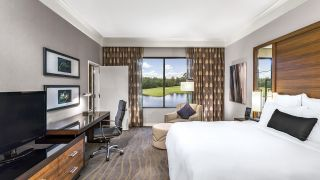 The King Executive Suite bedroom